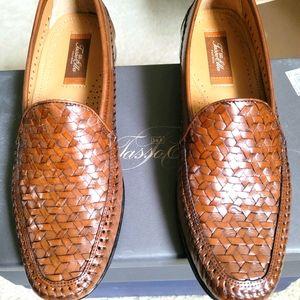 Leather woven men's shoes